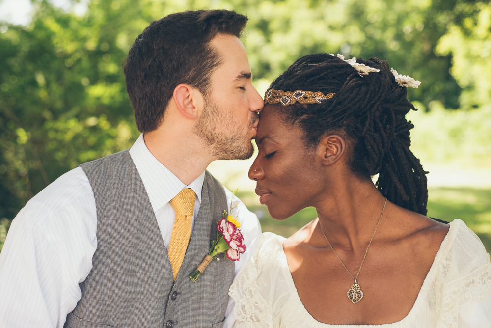 5 Tips For An Intimate DIY Wedding