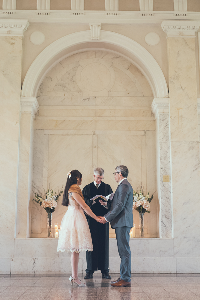 Atlanta Wedding Photographer | Intimate Wedding | www.Joyelan.com | Old Decatur Courthouse